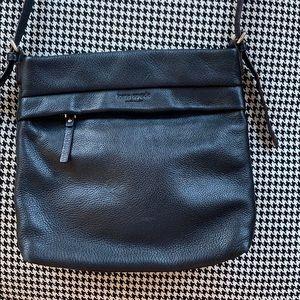 kate spade Bags - Kate Spade black leather crossbody